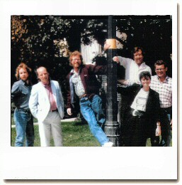 The Moonlighting writing staff, 1986